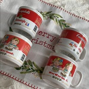 🆕🎅🏻4 Campbell's Soup Mugs